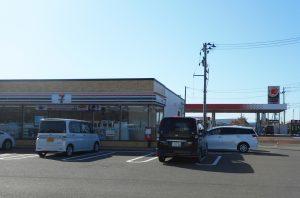 セブンイレブン上越柿崎インター店 1